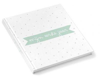 KIDOOZ Invulboek 'Mijn eerste jaar' - Mint - voorkant - invulboekjes.nl