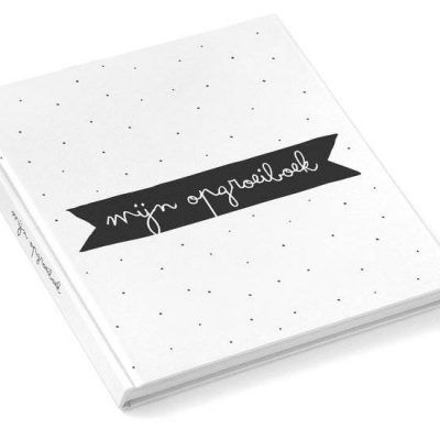KIDOOZ Invulboek 'Mijn opgroeiboek' - Zwart - voorkant - invulboekjes.nl
