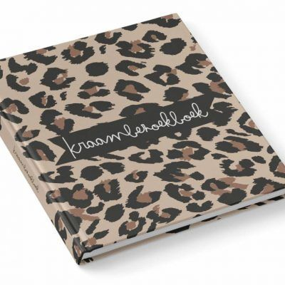 KIDOOZ Kraambezoekboek - Panterprint - voorkant - invulboekjes.nl