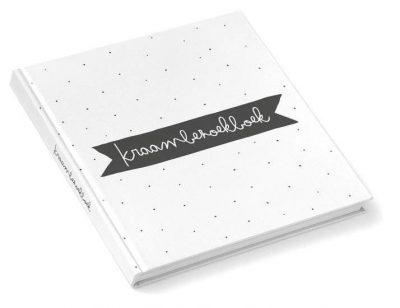 KIDOOZ Kraambezoekboek - Zwart - voorkant - invulboekjes.nl