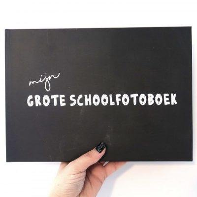 Studio DEMICO Mijn grote schoolfotoboek - Krijtbord - voorkant - invulboekjes.nl
