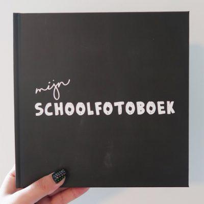 Studio DEMICO Mijn schoolfotoboek - Krijtbord - voorkant - invulboekjes.nl