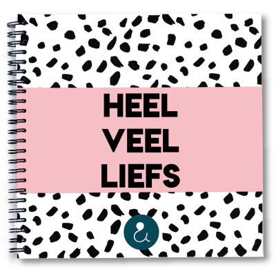 Studio Ins & Outs Kraambezoekboek 'Heel veel liefs' – Roze Boeken in de aanbieding
