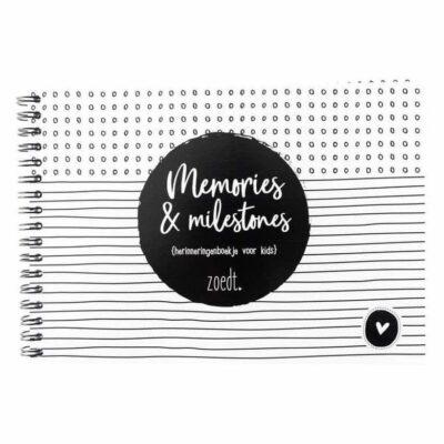 Zoedt Memories & milestones - Wit - voorkant - invulboekjes.nl