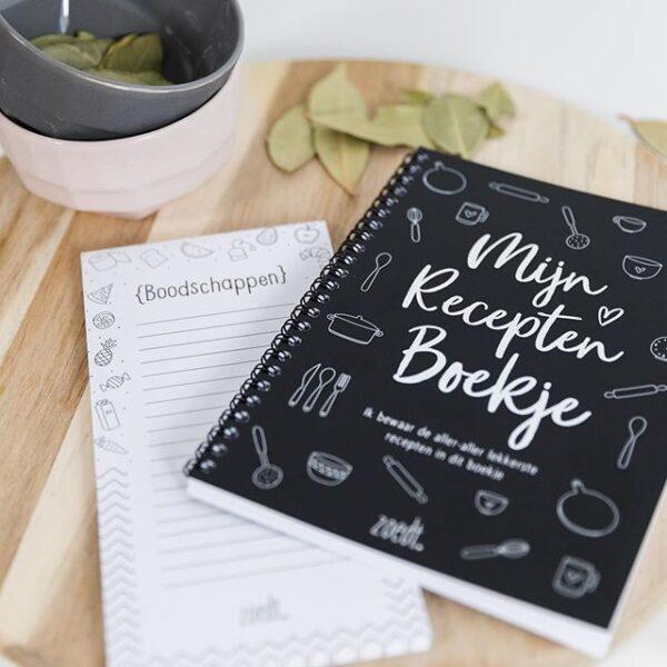 Zoedt Mijn recepten boekje – Zwart - sfeerfoto - invulboekjes.nl