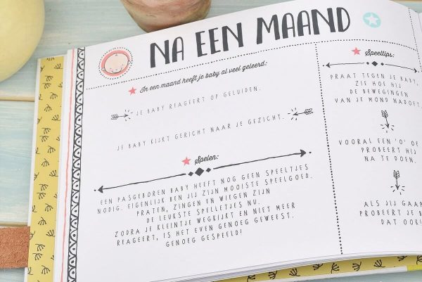 O'Baby by Pauline - Baby's eerste jaar - binnenkant - invulboekjes.nl
