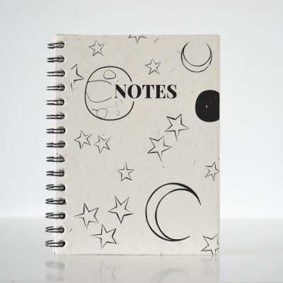 Pretty ECO - Moon and Stars notebook - Elephant poo paper - voorkant - invulboekjes.nl