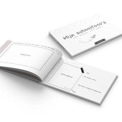 KIDOOZ Invulboek 'Mijn schoolfoto's' - Paper planes - binnenkant - invulboekjes.nl