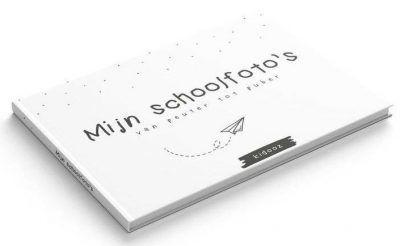 KIDOOZ Invulboek 'Mijn schoolfoto's' - Paper planes - voorkant - invulboekjes.nl