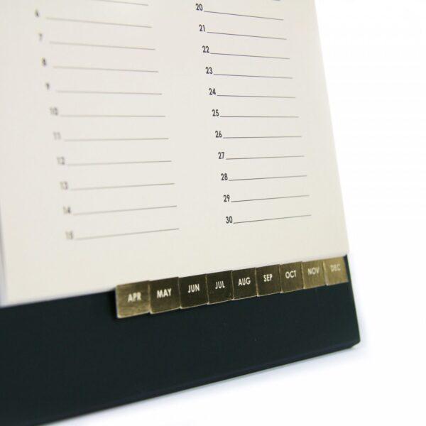 HOP Bureaukalender voor verjaardagen - maanden - invulboekjes.nl