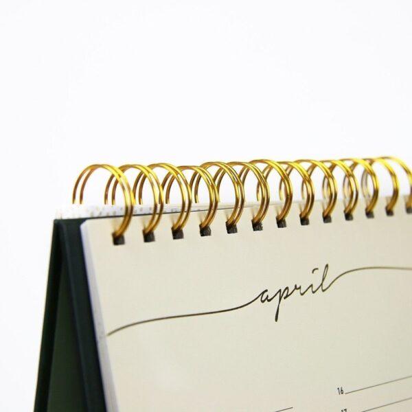 HOP Bureaukalender voor verjaardagen - ringband close-up - invulboekjes.nl