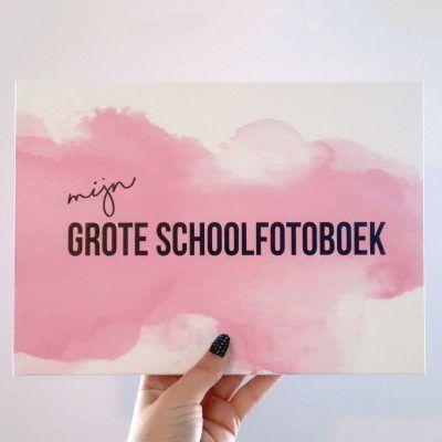 Studio DEMICO Mijn grote schoolfotoboek - Roze - voorkant - invulboekjes.nl