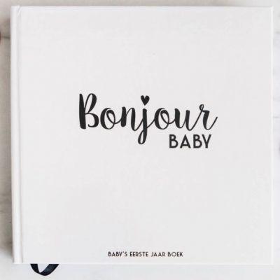 Bonjour to you - Baby's eerste jaar boek - voorkant 2 - invulboekjes.nl