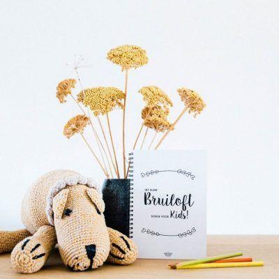 Bonjour to you - Bruiloft boekje voor kids - sfeerfoto - invulboekjes.nl