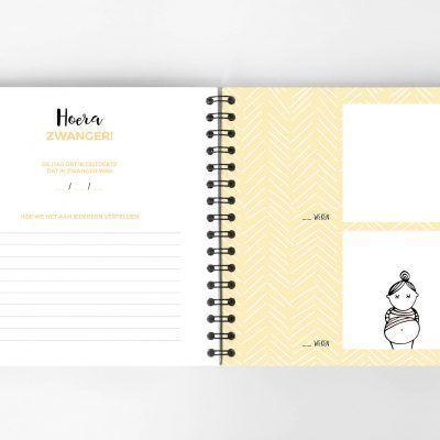 Atelier Pix - Hallo baby - Eerste jaar boek - Roze - 1 - invulboekjes.nl