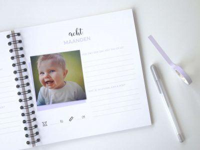 Atelier Pix - Hallo baby - Eerste jaar boek - sfeerfoto 3 - invulboekjes.nl (1)