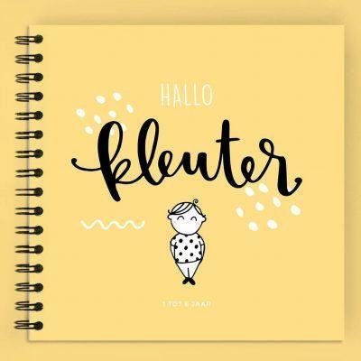 Atelier Pix - Hallo kleuter - 1 tot 6 jaar - Geel - voorkant - invulboekjes.nl