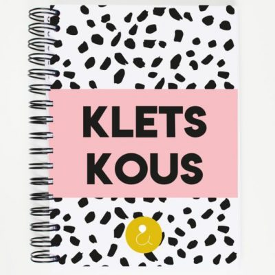 Studio Ins & Outs 'Kletskous' - Roze - invulboekjes.nl