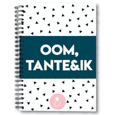Studio Ins & Outs Invulboek 'Oom, tante & ik' Cadeauboeken