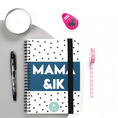 Studio Ins & Outs Invulboek 'Mama & ik' – Mint stip Cadeauboeken