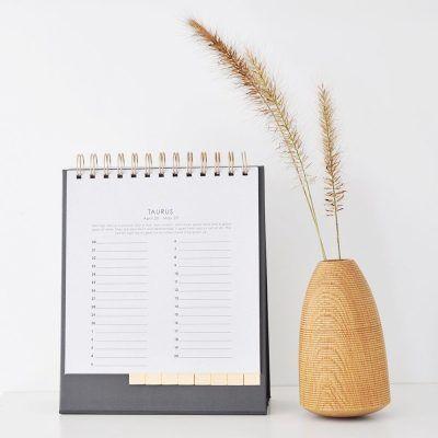 HOP Bureaukalender – Sterrenbeeld met goudfolie Bureaukalender