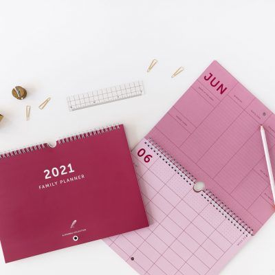&INK Familieplanner 2021 A4 – Koraalrood Familie kalender