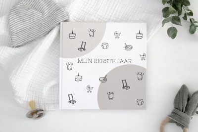 Creations of Happiness & Hip en Hout – Mijn eerste jaar Babyboek