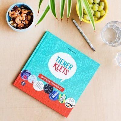 Gezinnig Tienerklets invulboek Cadeauboeken tot 15,-