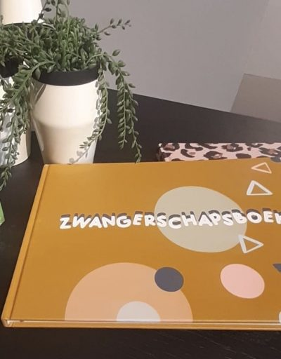 JEP! Kids Zwangerschapsdagboek – Okergeel 9 maanden dagboek