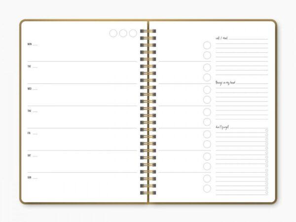 Studio Stationery School Planner – Wild & Cute Dagplanner
